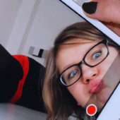 Snapchat et Instagram dépassent Facebook
