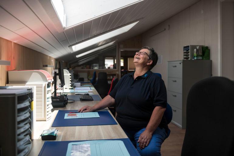 Heidi Hertig käsermann, Bau-Trocknung-Service BTS AG wartet auf schnelles Internet in Balsthal