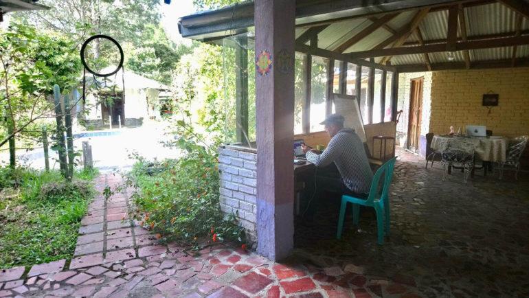 Unterwegs arbeiten: mobiles Büro in Kolumbien.