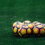 Verzweifelte Eltern wehren sich gegen Fussballsucht