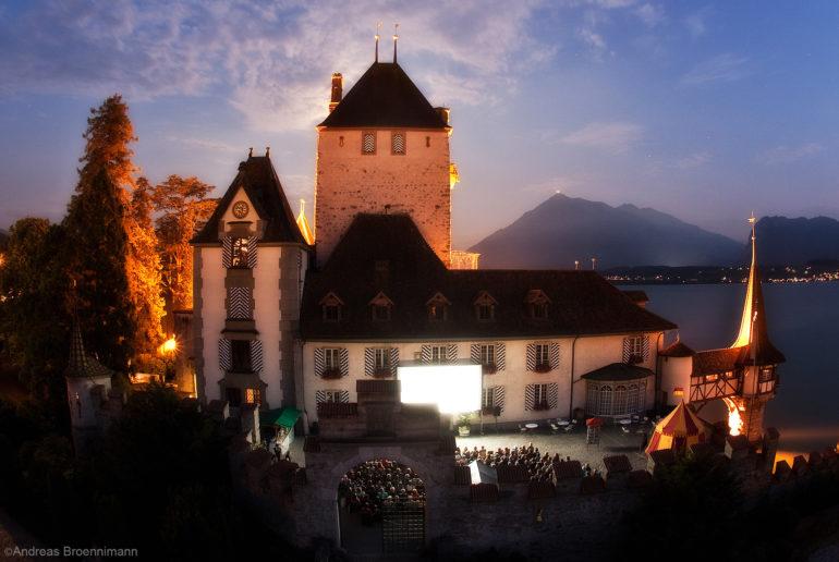 Kino im Schloss Oberhofen