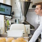 Selektiv digitalisieren in der Bäckerei Menzi